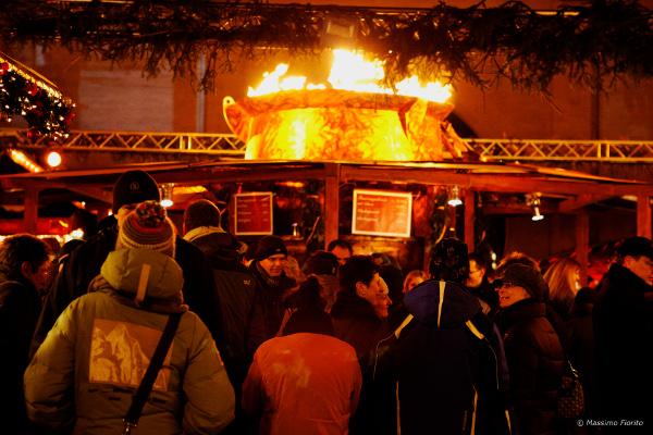 Die größte Feuerzangenbowle der Welt in München - Josie